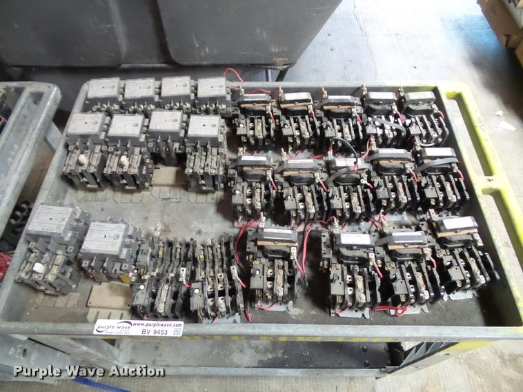 Power supplies and inverter