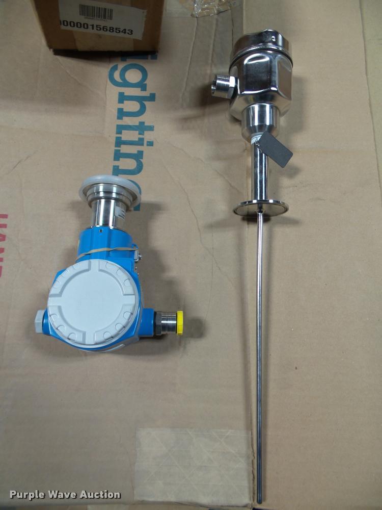 (2) Endress & Houser pressure sensor equipment