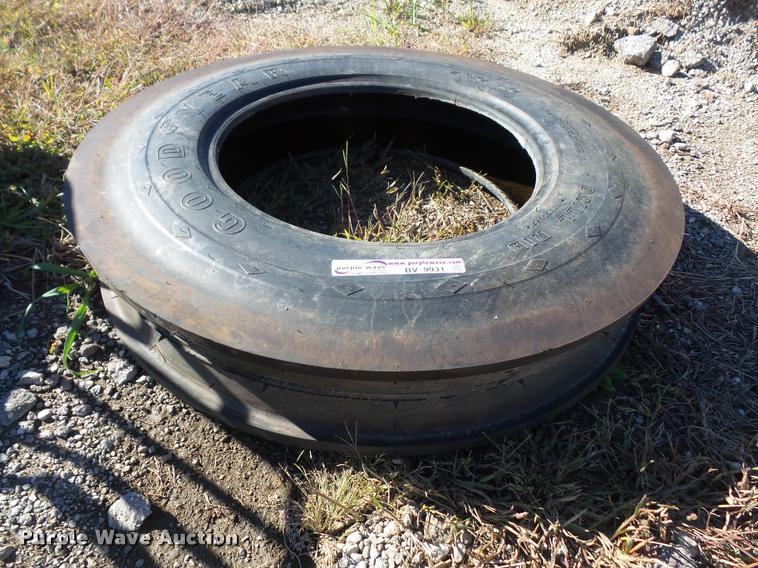 Goodyear 7.50-20 drill tire