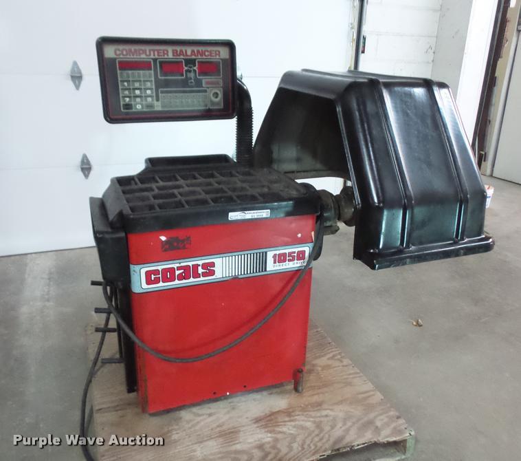 Coats 1050 computer wheel balancer