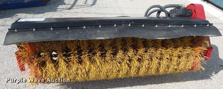 Toro power broom