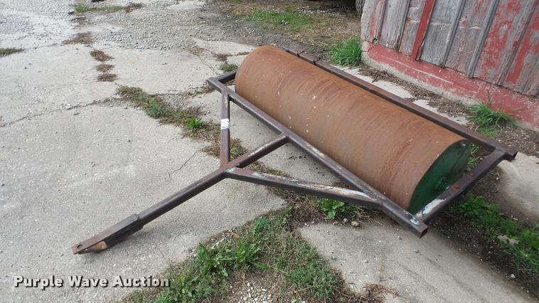 Single drum roller