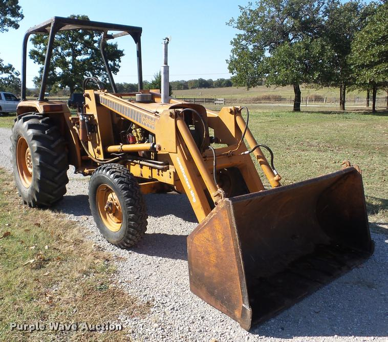 1975 Case 380LL landscape tractor