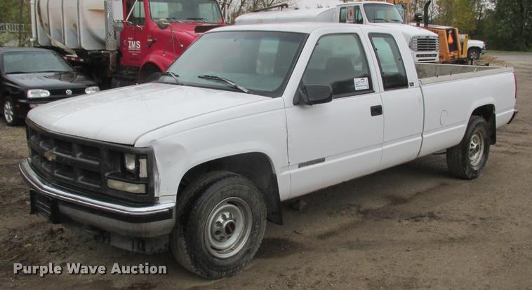 1996 GMC Sierra 2500 Ext. Cab pickup truck