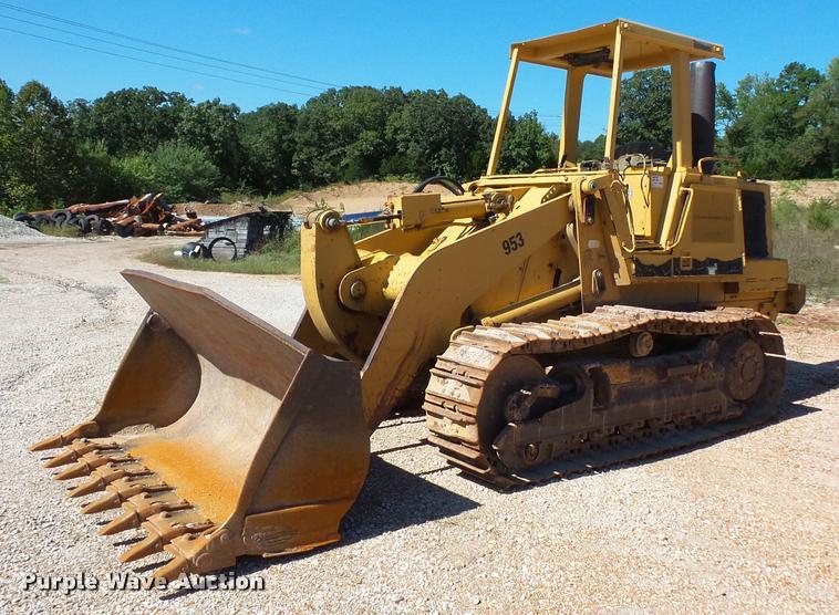 1990 Caterpillar 953 track loader
