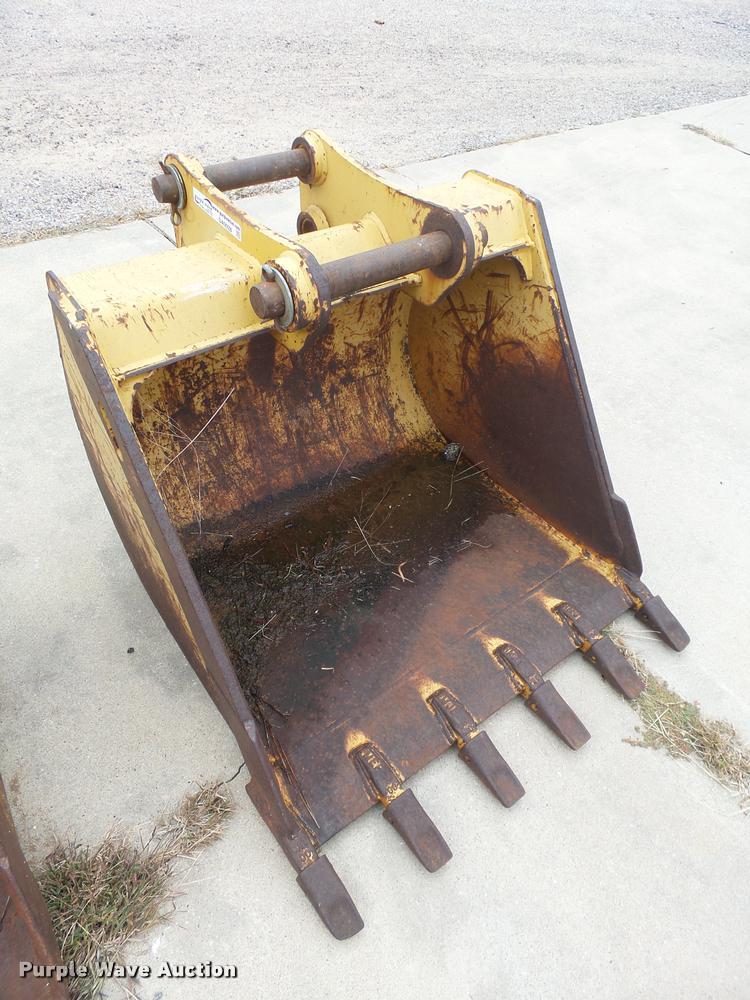 Caterpillar excavator bucket
