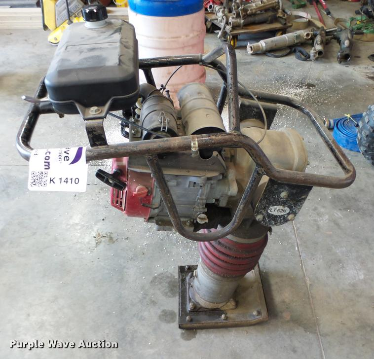 Dynapac LT62H plate compactor