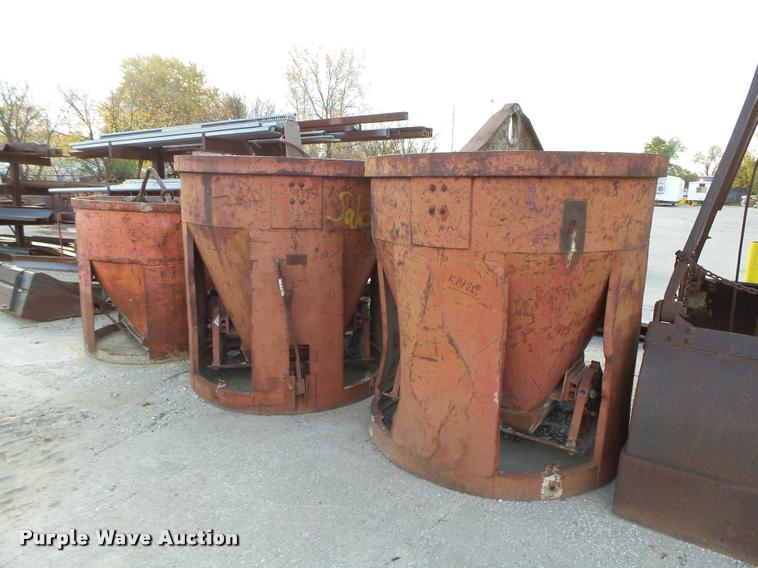 (3) concrete buckets