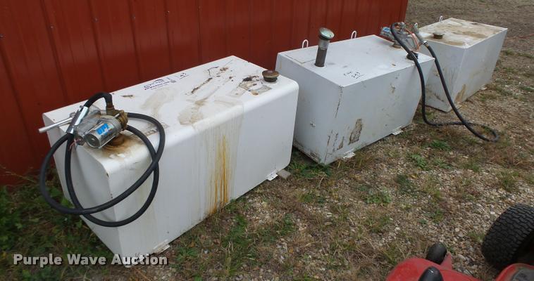 (3) steel fuel tanks