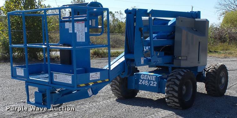 1998 Genie Z45/22 boom lift