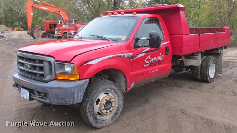 2000 Ford F550 Super Duty dump truck