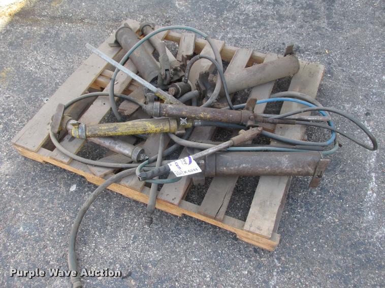 (8) Port-a-Power pump jacks