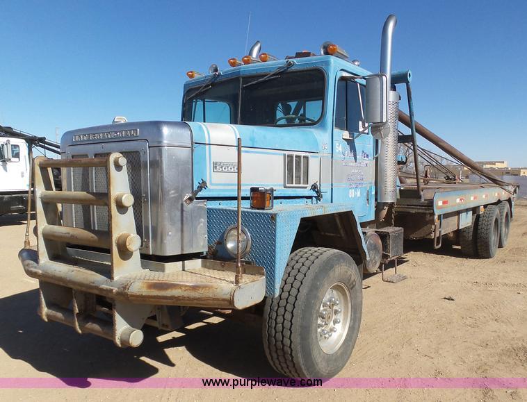 1979 International 1840 winch truck