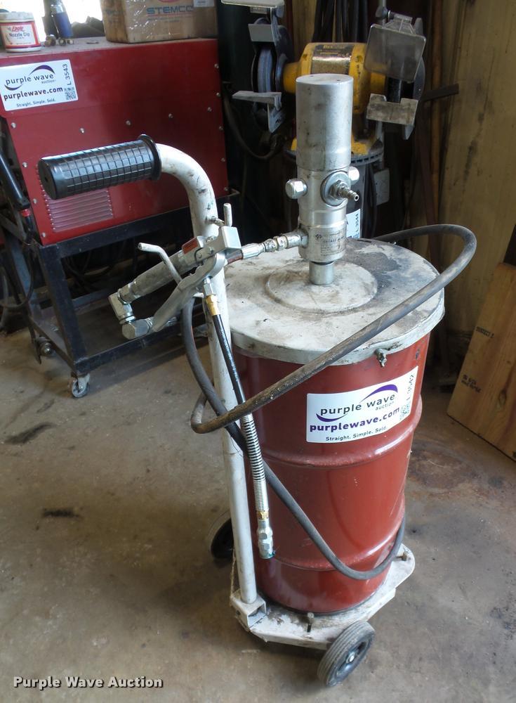 Liquid Dynamics grease pump