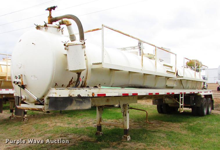 2012 Western VT130 vacuum tank trailer