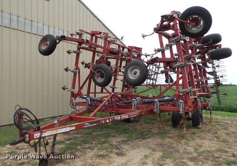 Wil-Rich Excel series field cultivator