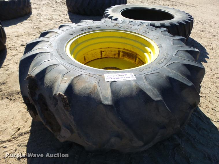 Goodyear 24.5-32 tire and wheel