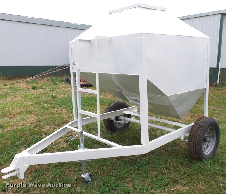 Shop built single hopper feed buggy