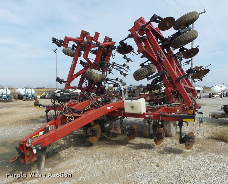 Case IH Nutri-Placer 5300 anhydrous applicator