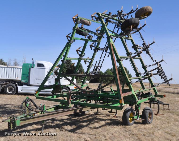 John Deere 610 sweep plow