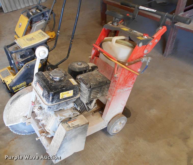 Husqvarna FS400LV concrete saw