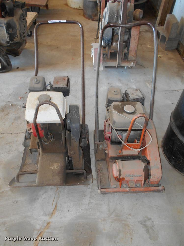 (2) plate compactors