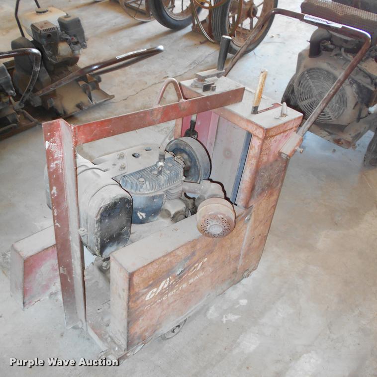 Clipper concrete saw