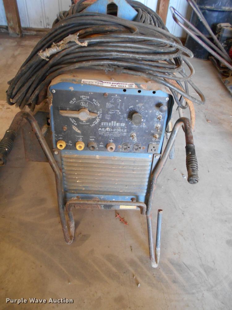 Miller AEAD-200LE arc welder