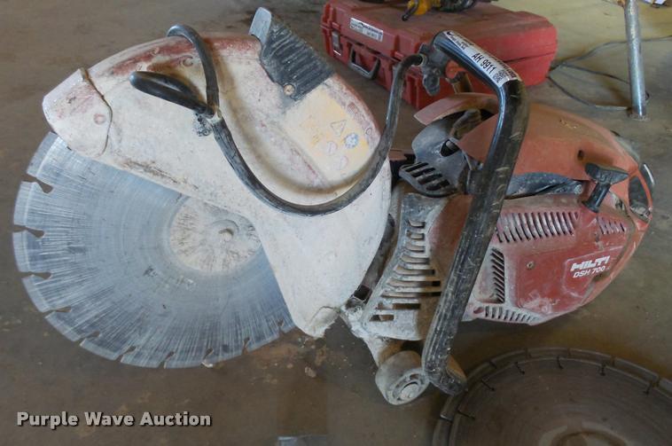 Hilti DSH700 concrete saw