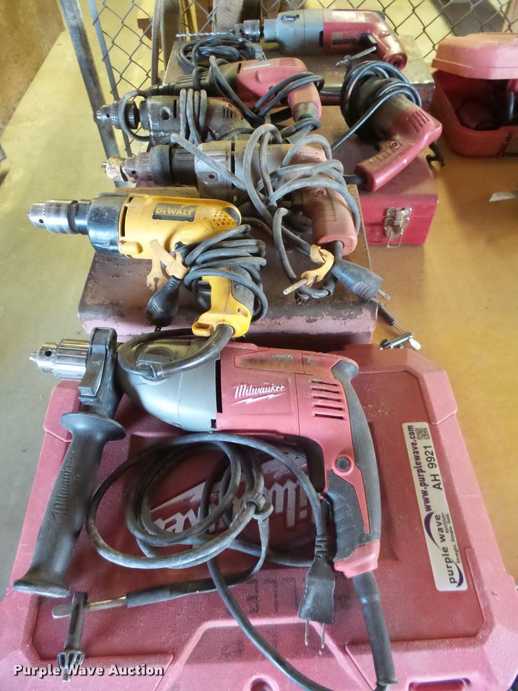 (8) hammer drills