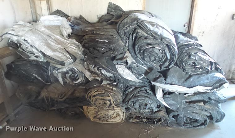 (20) concrete curing blankets