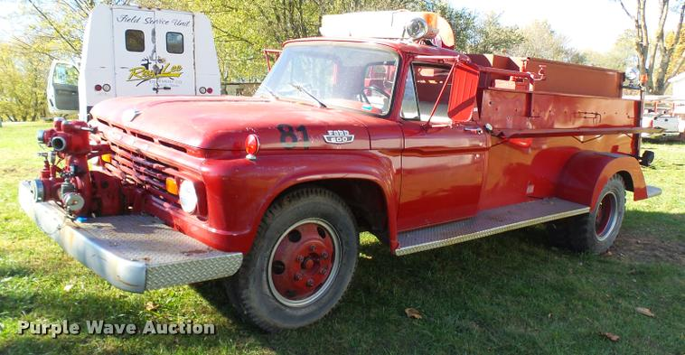 1963 Ford 600 fire truck