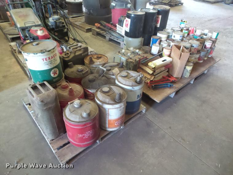 Metal lubricant cans