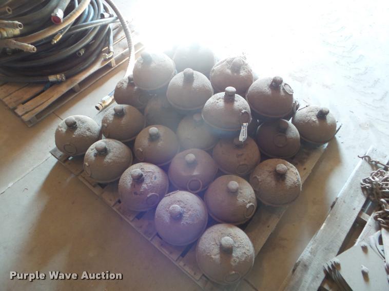 (30) kerosene pots