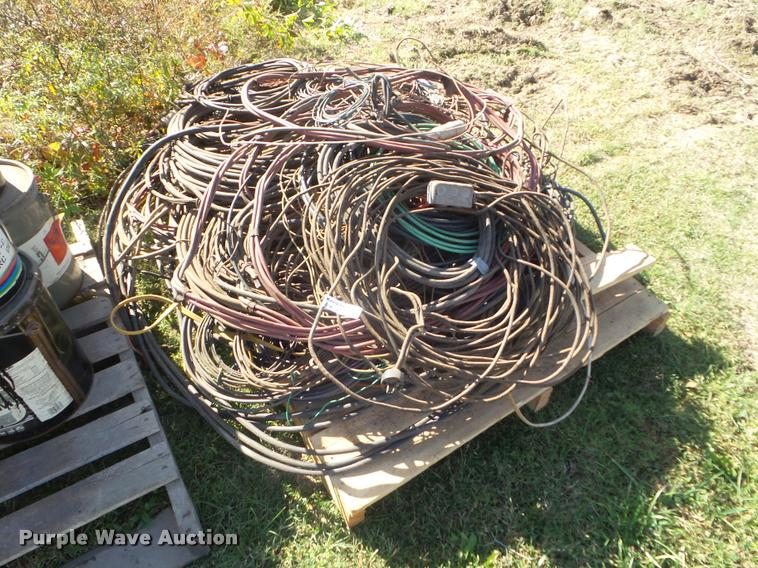 Copper and aluminum wires