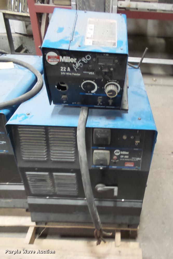 Miller CP302 CV/DC welder