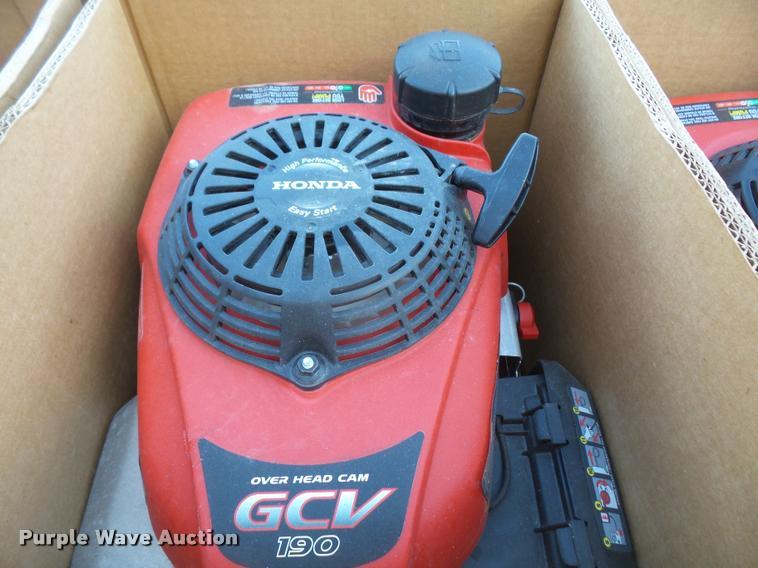 (27) Honda GCV190 gas engines