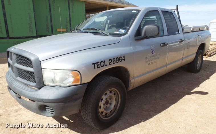 2004 Dodge Ram 1500 Quad Cab pickup truck