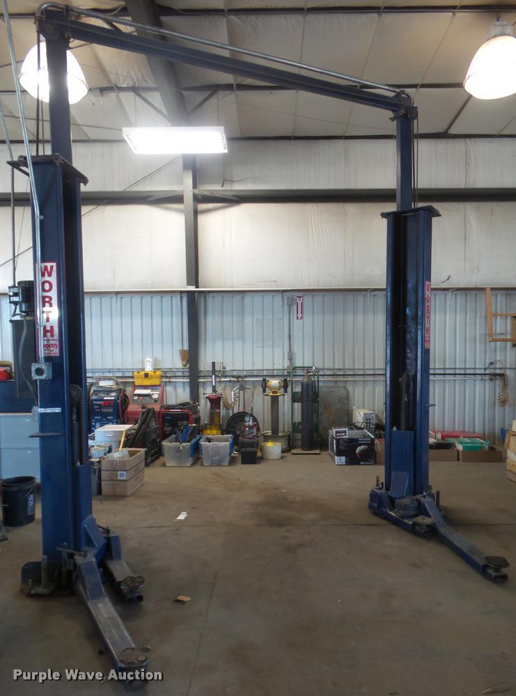 Worth Lift 9000ACF asymmetrical vehicle lift