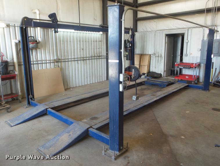 Worth 12000E four post automotive lift