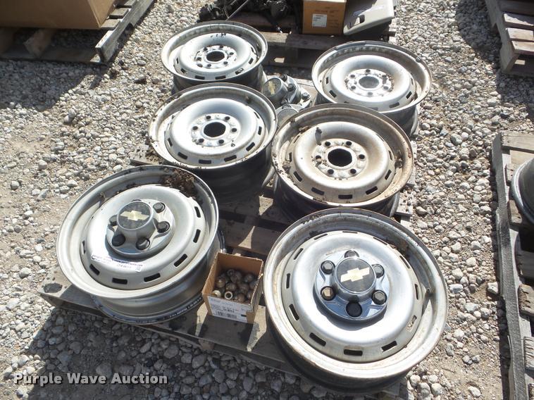 (6) 1991 to 1998 Chevrolet wheels