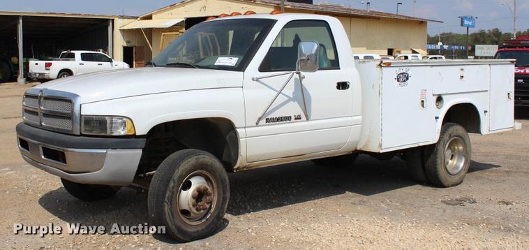 1999 Dodge Ram 3500 utility truck