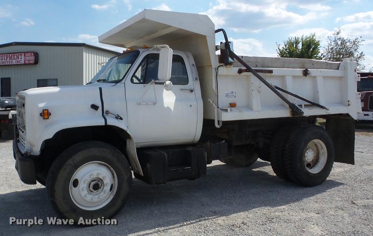 1988 GMC TopKick C70 dump truck