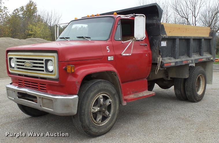 1982 Chevrolet C70 dump truck