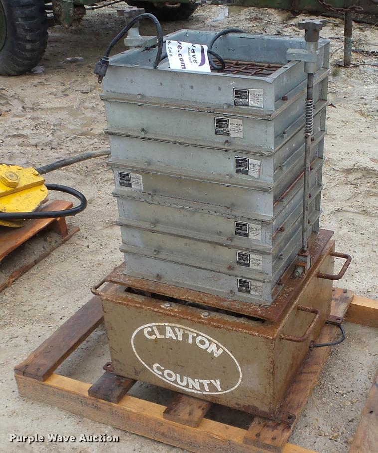 Soiltest soil tester