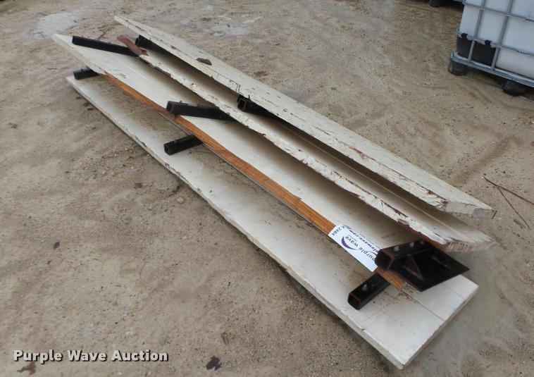(4) wood side boards