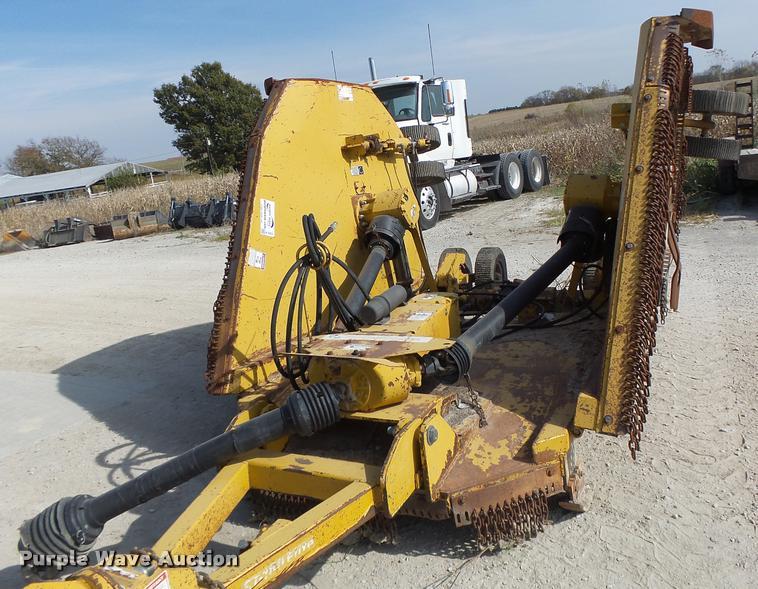Bush Wacker batwing rotary mower