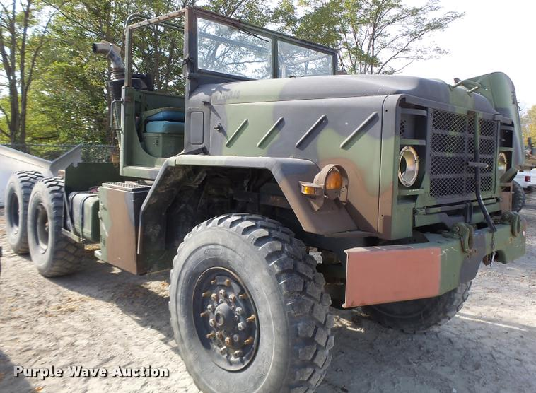 1986 Am General NL0HJ9 truck cab and chassis
