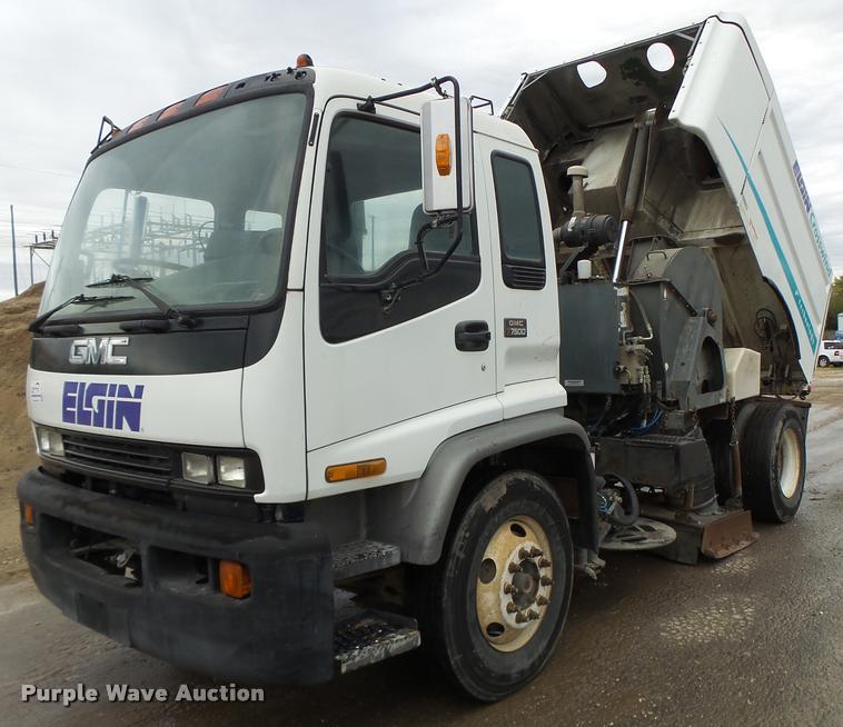 1998 GMC T7500 street sweeper truck