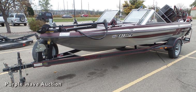 1991 Procraft Family Fisher 180 boat